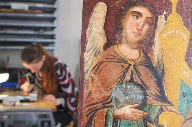 Реставратор — это не роскошь, или Как Церкви сохранить иконы