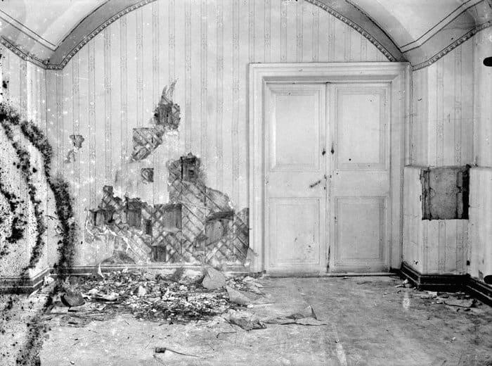 Подвал дома Ипатьева, Екатеринбург. В ночь с 16 на 17 июля 1918 г. здесь был расстрелян вместе с семьей и домочадцами император Николай II