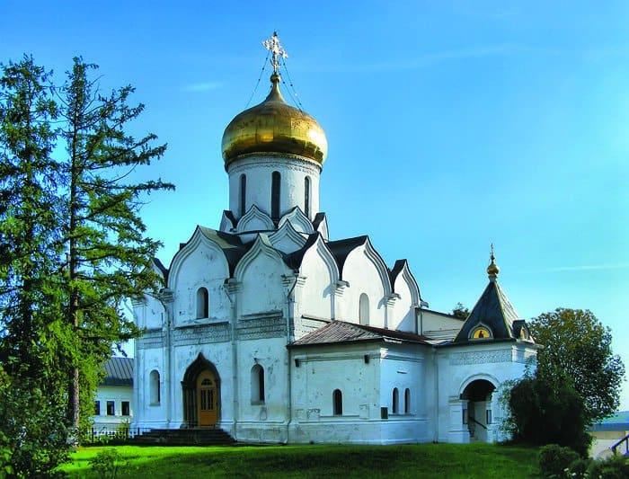 Саввино-Сторожевский монастырь. Фото www.lori.ru