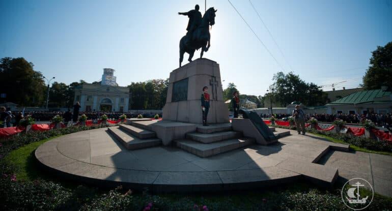 «Патриотический лубок»— как непревратить внего образ Александра Невского?