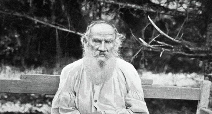 Церковь скорбит о Льве Толстом