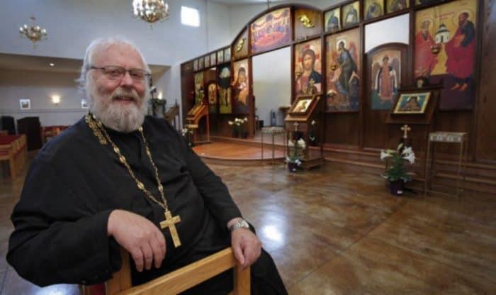 Священник Джастин Макфитерс: «С такой фамилией тебя никогда не примут»