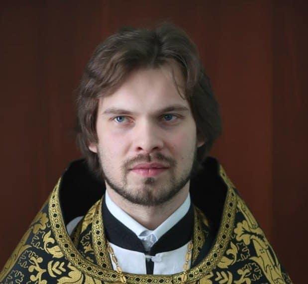 КОНЬКОВ Павел, священник