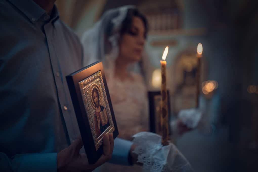 Зачем нужны сложные церковные обряды, не проще ли обойтись простой сердечной верой?