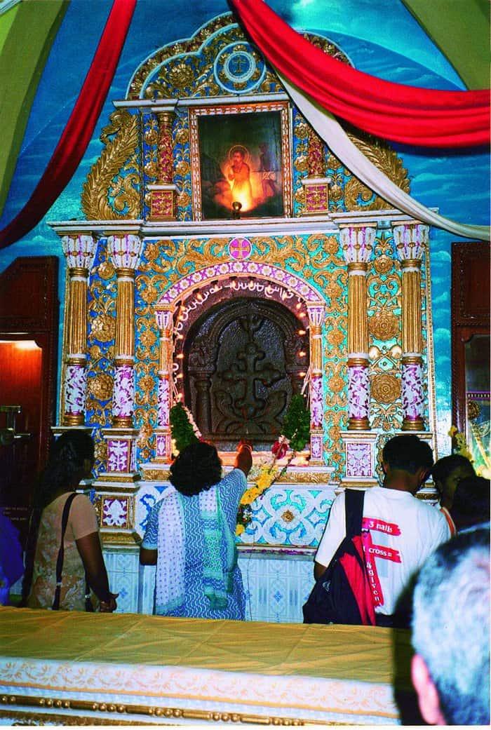 Мадрас, Индия. В базилике находится крест апостола Фомы.