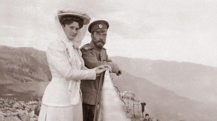 Николай Александрович и Александра Федоровна в Крыму. 1910-е гг.