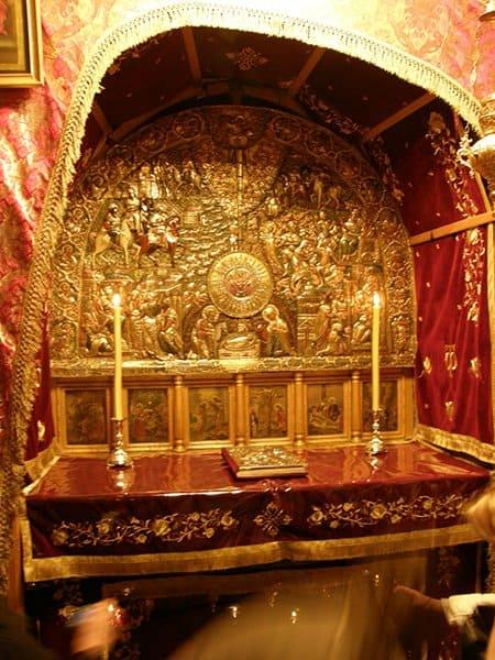 Православный престол над местом Рождества Христова в Пещере Рождества