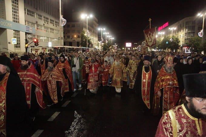 В Екатеринбурге почтили память Царственных страстотерпцев