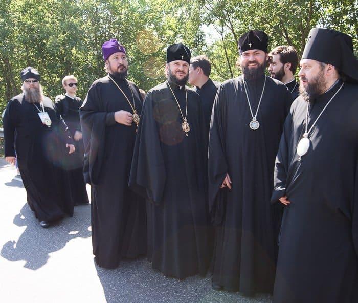 крестный ход, епископ