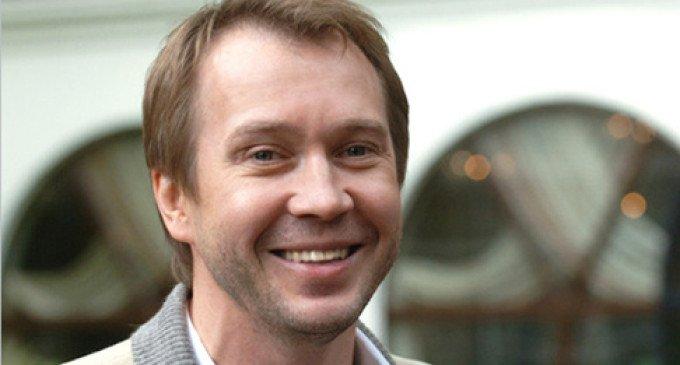 Евгений Миронов признан театральным актером года