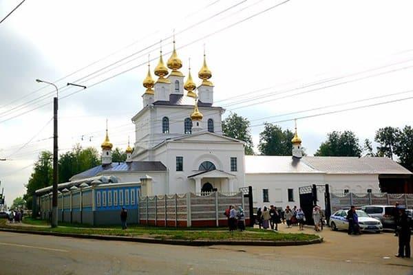 В Иваново освятили восстановленный кафедральный собор