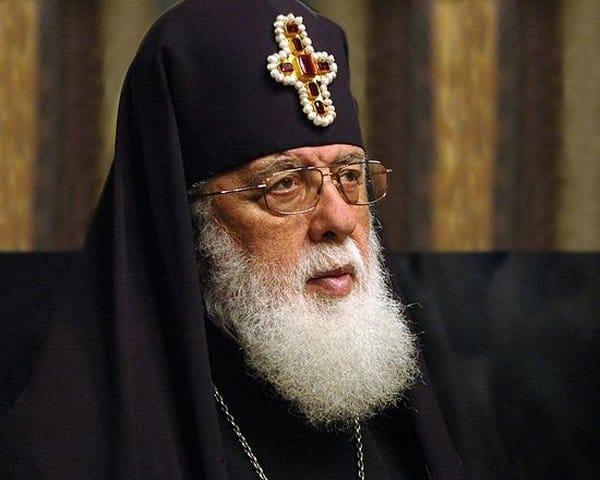 Католикос-патриарх Грузии Илия II призвал поддержать книжный проект для сел