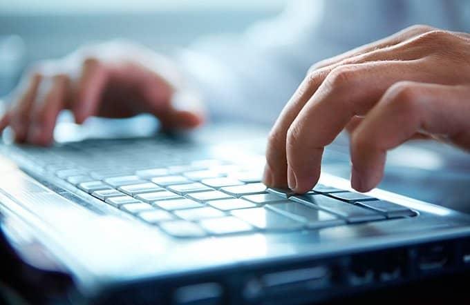 В Интернете должны находить отражения традиционные ценности, - представитель Церкви
