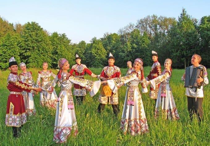 Культуру России направят на детей и молодежь