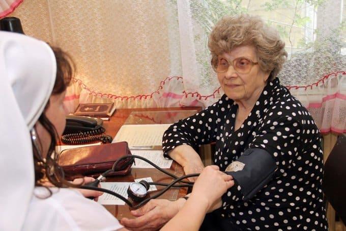Министерство здравоохранения намерено омолодить пожилых россиян