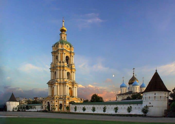 Десницу святого Димитрия Солунского примет Новоспасский монастырь