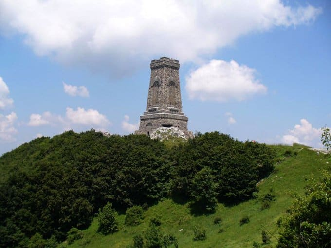 Власти Болгарии сохранят охрану музея сражения на Шипке