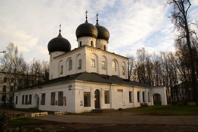 Министерство культуры поможет отреставрировать новгородский собор XII века
