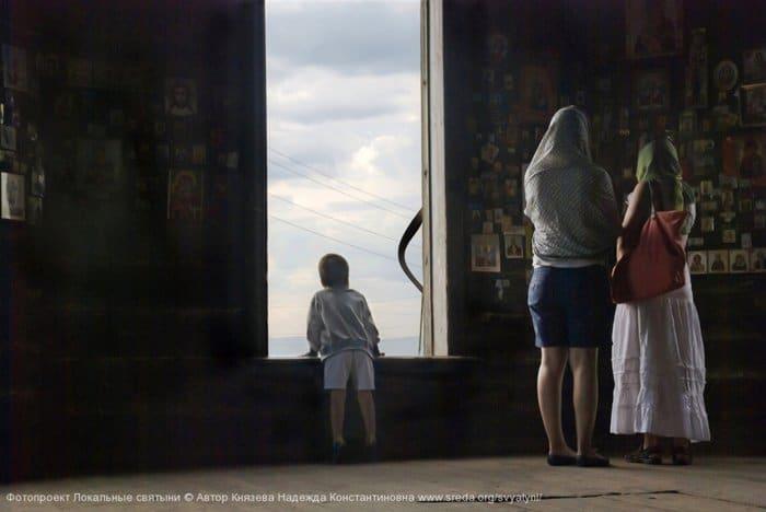 Князева Надежда - Божественный свет  Церковь Параскевы Пятницы в деревне Барабаново Красноярского края