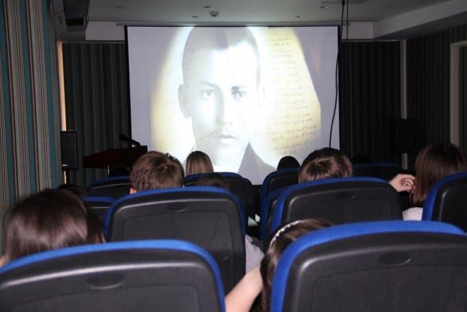 Документальные исторические фильмы могут стать частью школьной программы