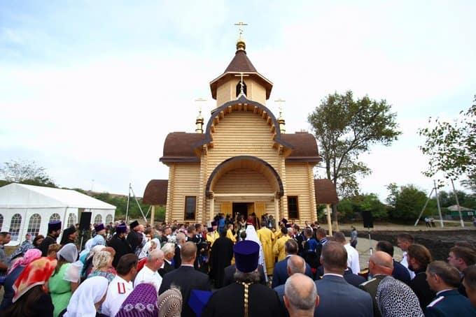 Очередной казачий храм освятили на Ставрополье