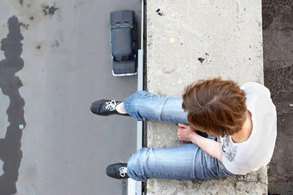 За год число самоубийств в России снизилось на 7%