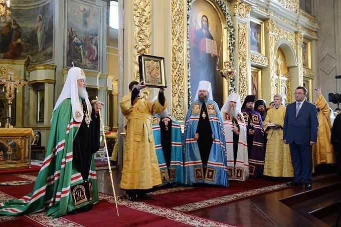 Патриарх Кирилл подарил тамбовскому собору список иконы, исцеляющей онкобольных