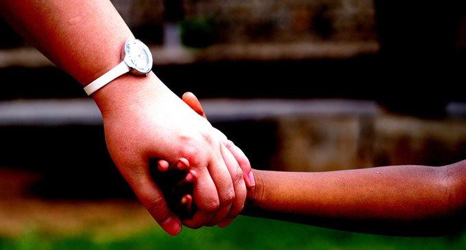 Почему одни люди помогают другим, или О даре милосердия