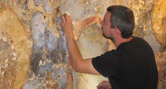 Новгородские ученые восстановят для Церкви 500-летнюю фреску