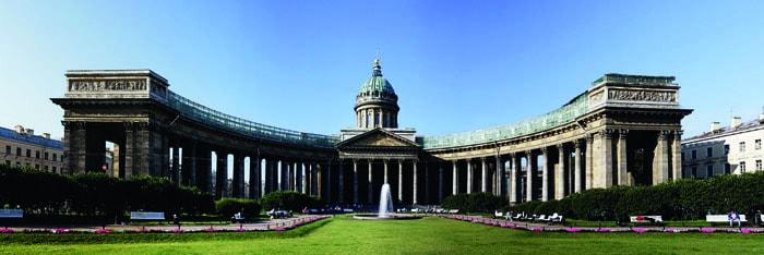Казанский собор в Санкт-Петербурге, после войны 1812 года стал храмом-памятником русской армии. Фото Mkrtchyan Karen