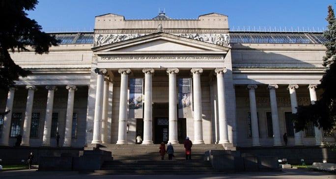 Для беременных и молодых мам Пушкинский музей запустит спецпрограмму