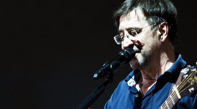 Юрий Шевчук поможет бездомным концертом