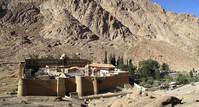 Бедуины Синая обложили монастырь святой Екатерины данью