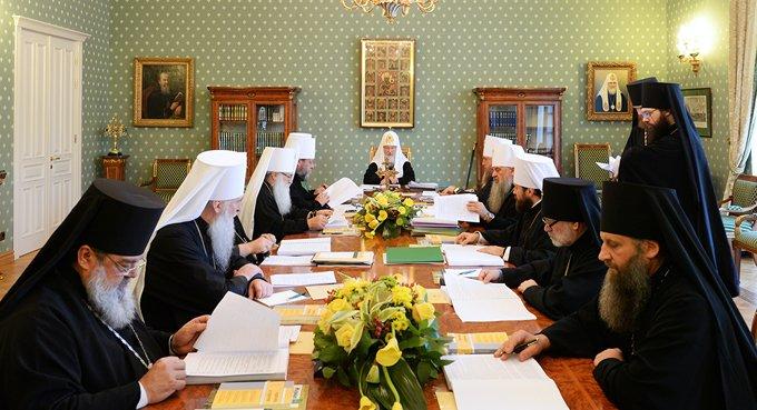 На юге России проходит очередное заседание Священного Синода