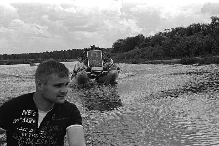 Водная часть пути Большого Бежецкого крестного хода проходит по реке Мологе