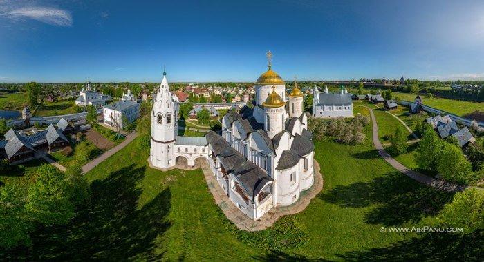 Виртуальный 3D тур по монастырям и храмам Суздаля с высоты птичьего полета появился в сети