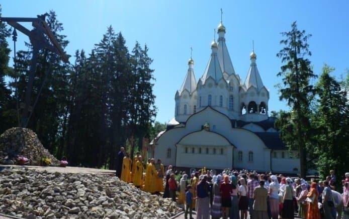 Храм Свв. Новомучеников в Бутове