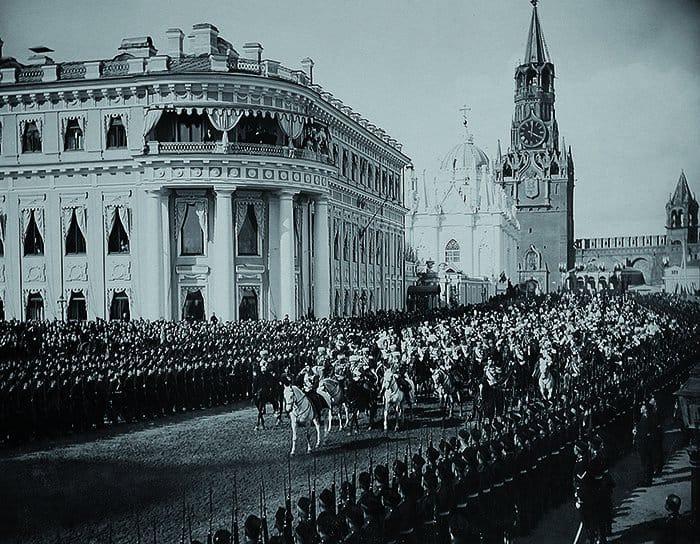 До революции: торжества вчесть коронации императора Николая II. 1896
