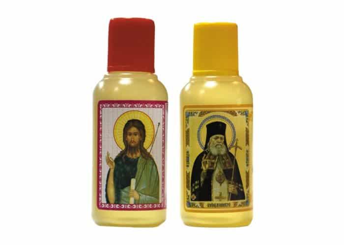 Масло, освященное у мощей святого, исцеляет разные болезни?