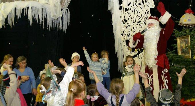 Детей беженцев приглашают на Рождественскую елку в Москве