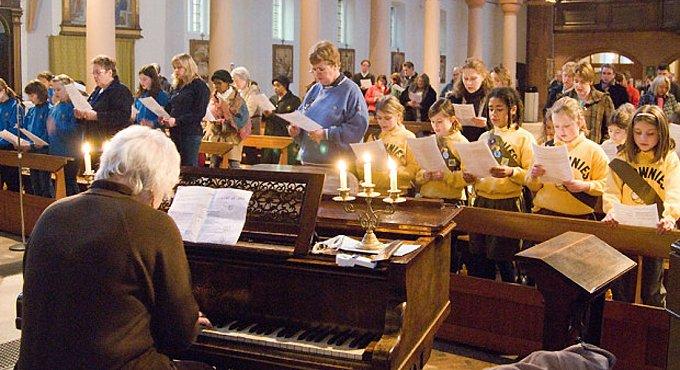 В Англиканской Церкви считают воскресное утро неудобным для богослужений