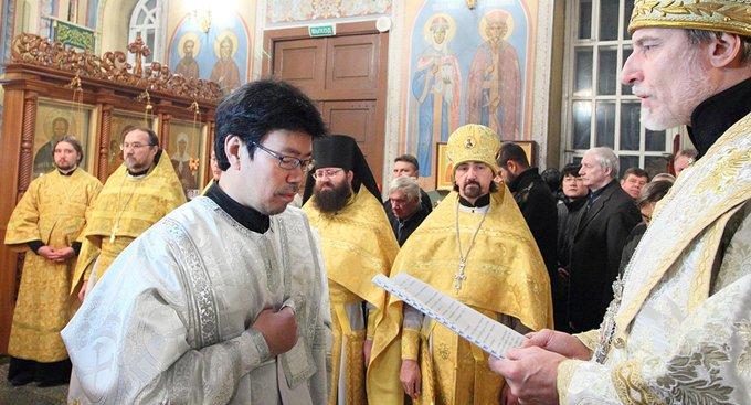 Впервые за 60 лет в Церкви рукоположили в священника китайца