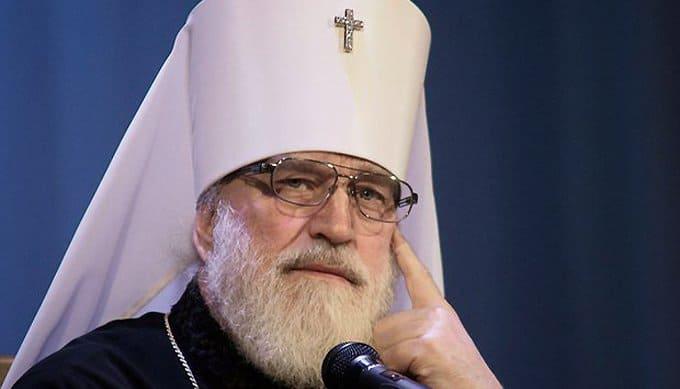 Отпевания лучше совершать в храмах, а не в моргах, - митрополит Минский Павел