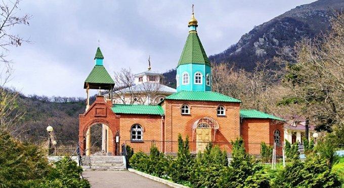 Открылся обновленный музей Успенского монастыря на горе Бештау