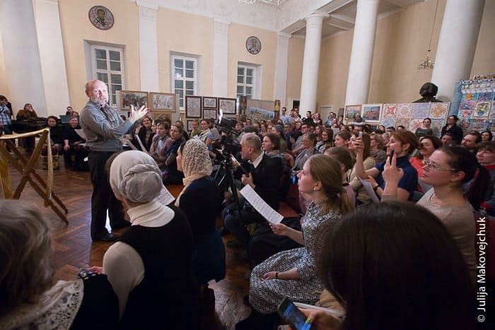 2015-02-18,A23K5754, Москва, Татьяна_клирос, s