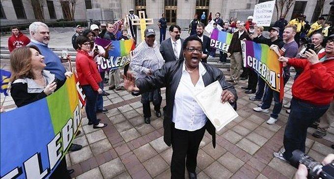 В штате Алабама судьи отказываются регистрировать однополые «браки»