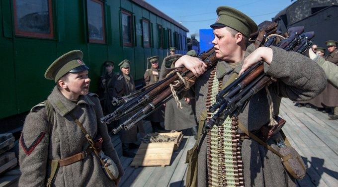 Владимиру Путину понравился фильм про женский батальон