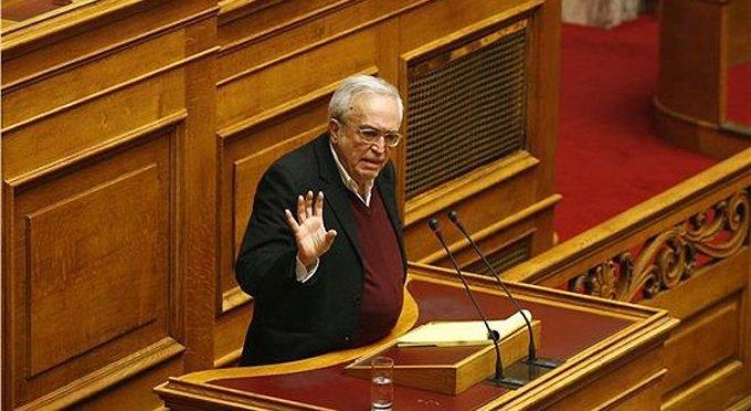 Новые власти Греции решили отделиться от Церкви