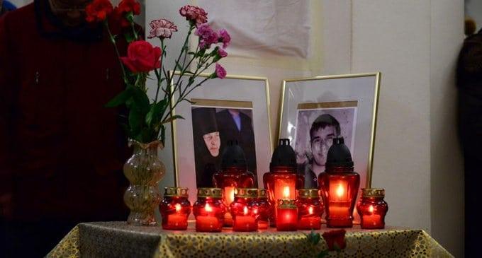 На Сахалине помянули жертв трагедии в храме