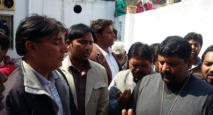 В Пакистане православные требуют защитить их право на веру